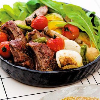 スペアリブと野菜のオーブン焼き